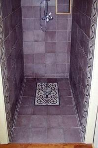 Płytki cementowe Kolory Maroka - prysznic aranżacja