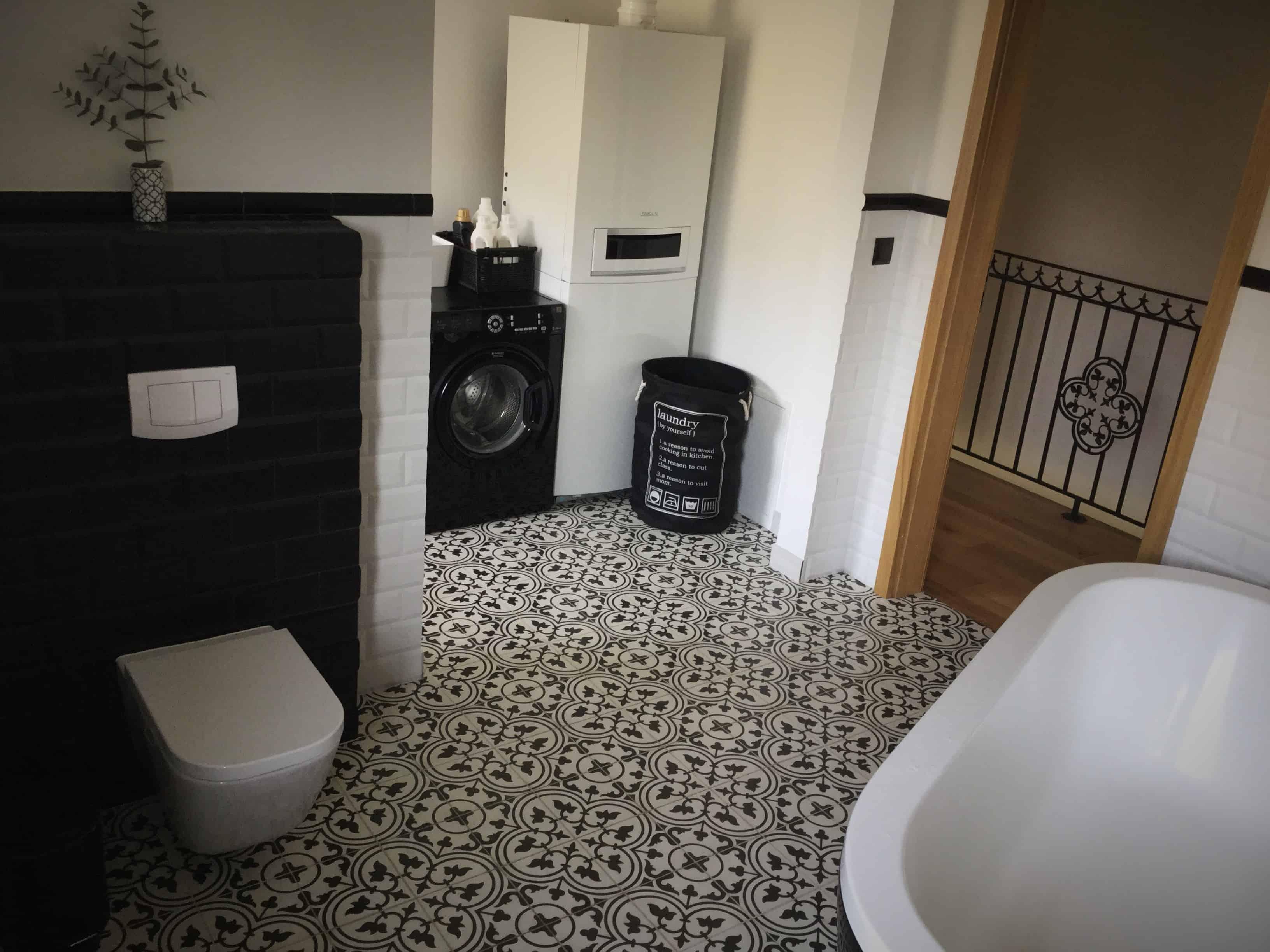 FRANK - płytki cementowe w pokoju kąpielowym