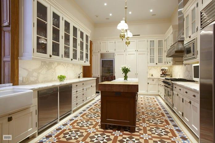 Dakota Apartments, NYC, płytki cementowe w kuchni